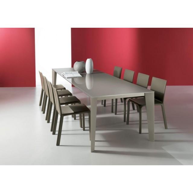 CRUZ DINING TABLE