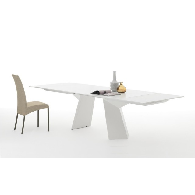 FIANDRE DINING TABLE