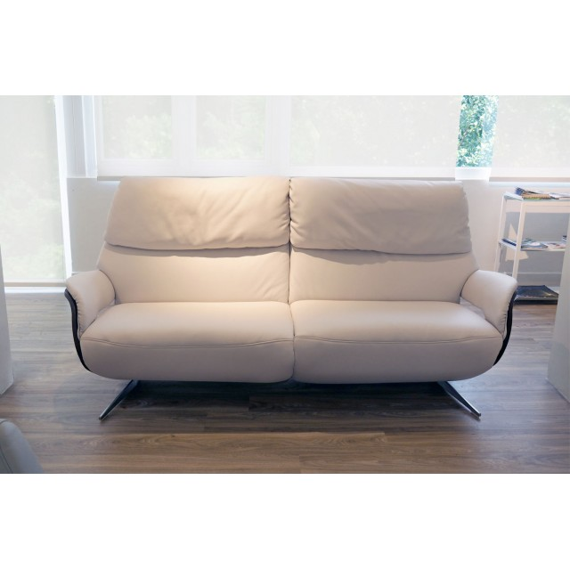 4818 3-Seater Recliner Sofa