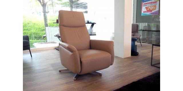9061 Relax Armchair